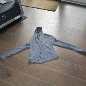 Ivivva pull over grey sweater